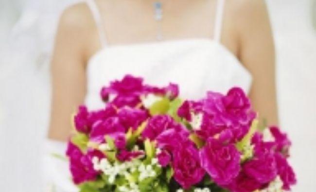 FĂRĂ PRECEDENT! Autoritățile vor să INTERZICĂ nunțile și darurile considerate extravagante