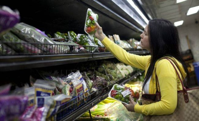 Anunț de ultimă oră: CARREFOUR a retras de pe piață alimente infestate cu Listeria. Ce produse periculoase trebuie înapoiate
