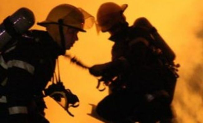 Breaking! Incendiu la Versailles! Alertă în Franța
