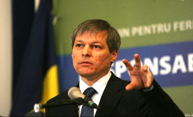 A început războiul în opoziție! Cioloș și Barna îl atacă dur pe Orban