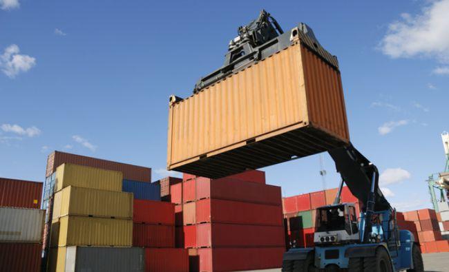 Exporturile României au crescut cu 5,1% în 2016 şi au ajuns la un nivel-record