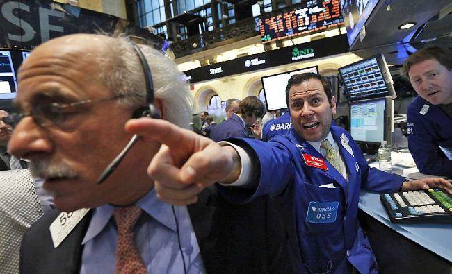 """Analiştii economici, îngrijoraţi: """"Aşa ceva se întâmplă odată la un secol"""""""