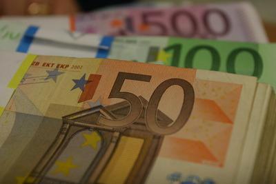 """România, poziția opt la """"cele mai mari deficite bugetare"""" din UE"""