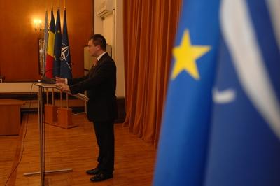 Ungureanu: Putem să lăsăm lucrurile să meargă așa și ne trezim că România nu va avea bani să plătească