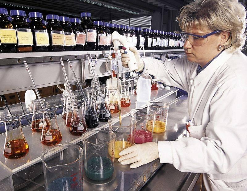 Instituţiile de cercetare ar putea primi bani de la buget doar după evaluarea experţilor