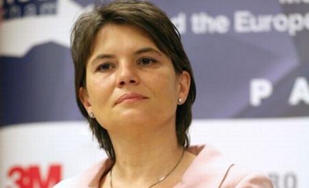 "Alexandra Gătej: ""Incertitudinea va pune investitorii în stand by"""