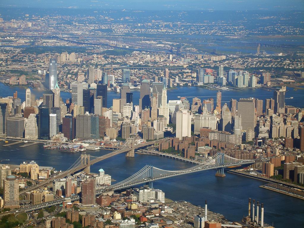 Wall Street nu mai este cel mai mare chiriaş din Manhattan. Vezi ce industrie i-a luat locul