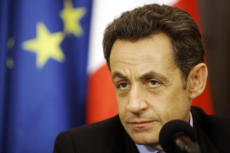 Sarkozy vrea ca BCE să aibă un rol mai important în relansarea economică