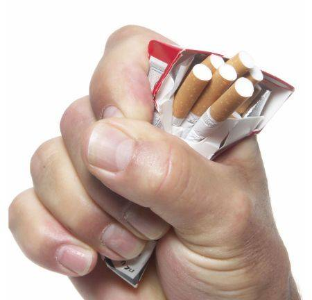 Care este impactul mesajelor scrise pe pachetele de țigări?