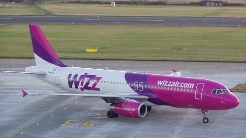 Wizz Air a ajuns la 13,5 mil. pasageri în 2013. Pentru România, anunță noi rute anul acesta